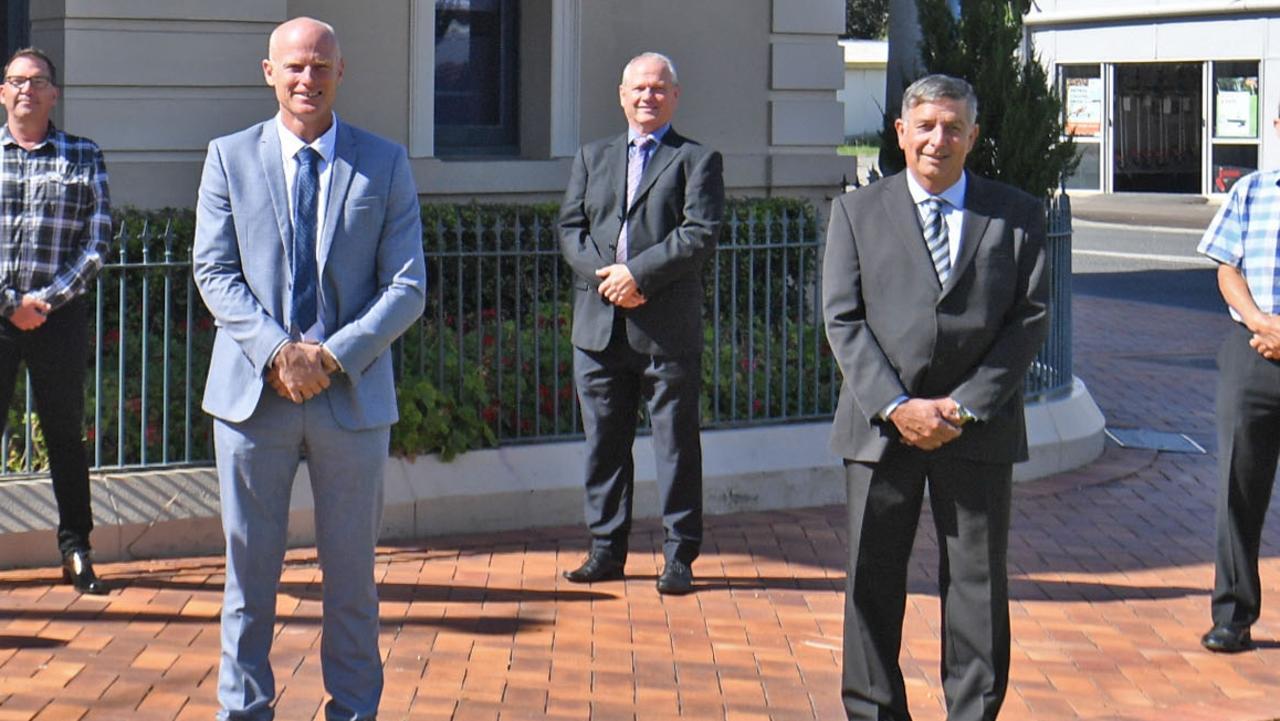 Bruce Devereaux, Mayor Glen Hartwig, Warren Polley, Deputy Mayor Hilary Smerdon and just out of shot is Cr Dan Stewart.