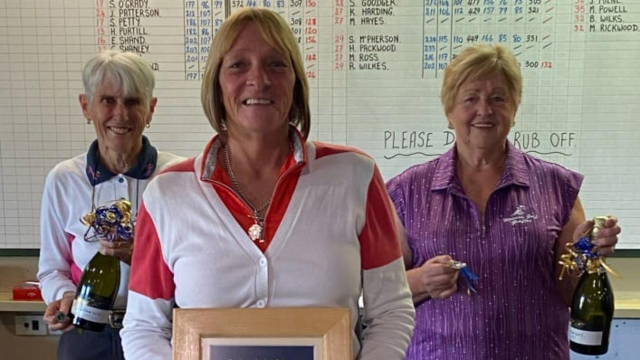 Winners of the 2020 Championships, Jean Milne, Heather Purtill and Robyn Wilkes,.