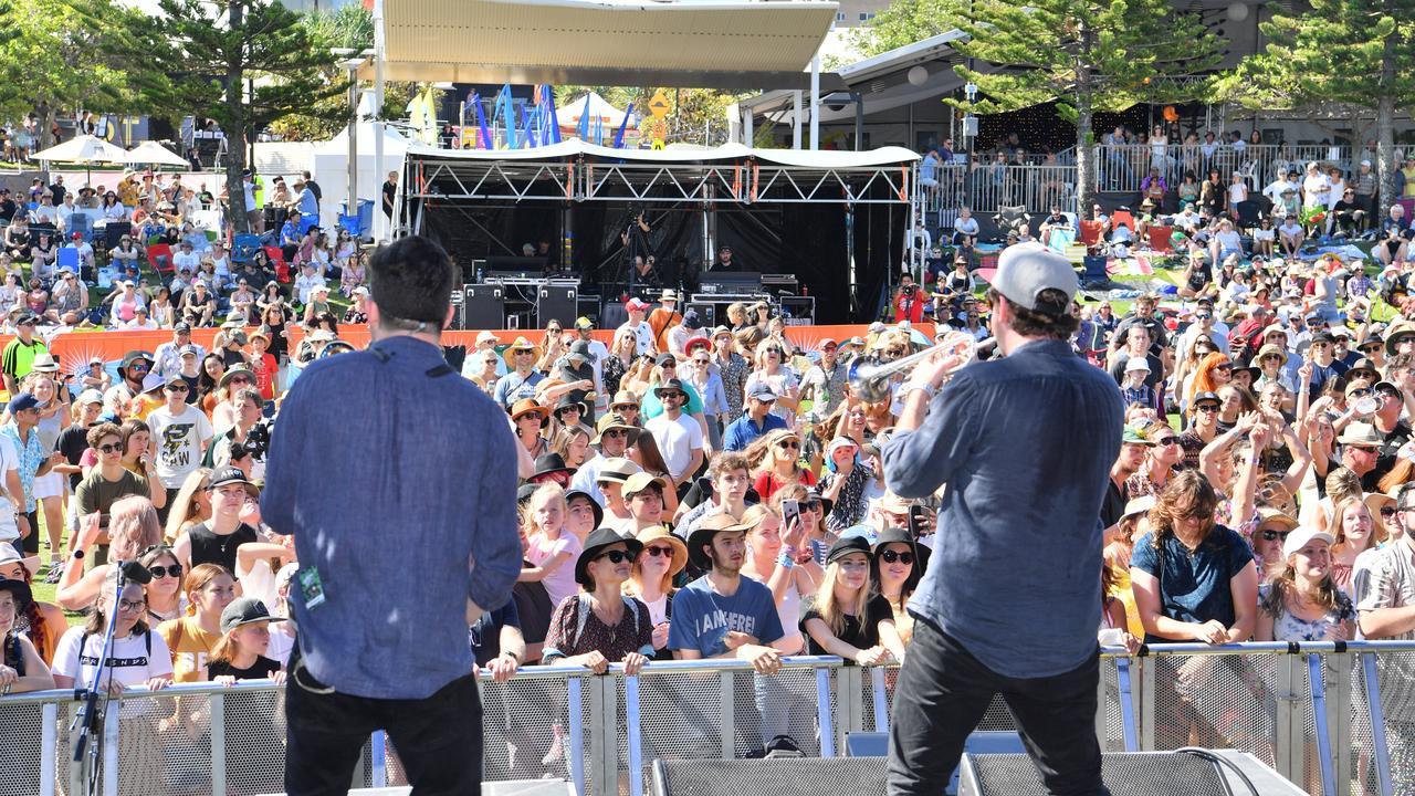 Hot Potato live at the Caloundra Music Festival 2019. The 2020 event has been cancelled due to the coronavirus pandemic. Photo: John McCutcheon / Sunshine Coast Daily