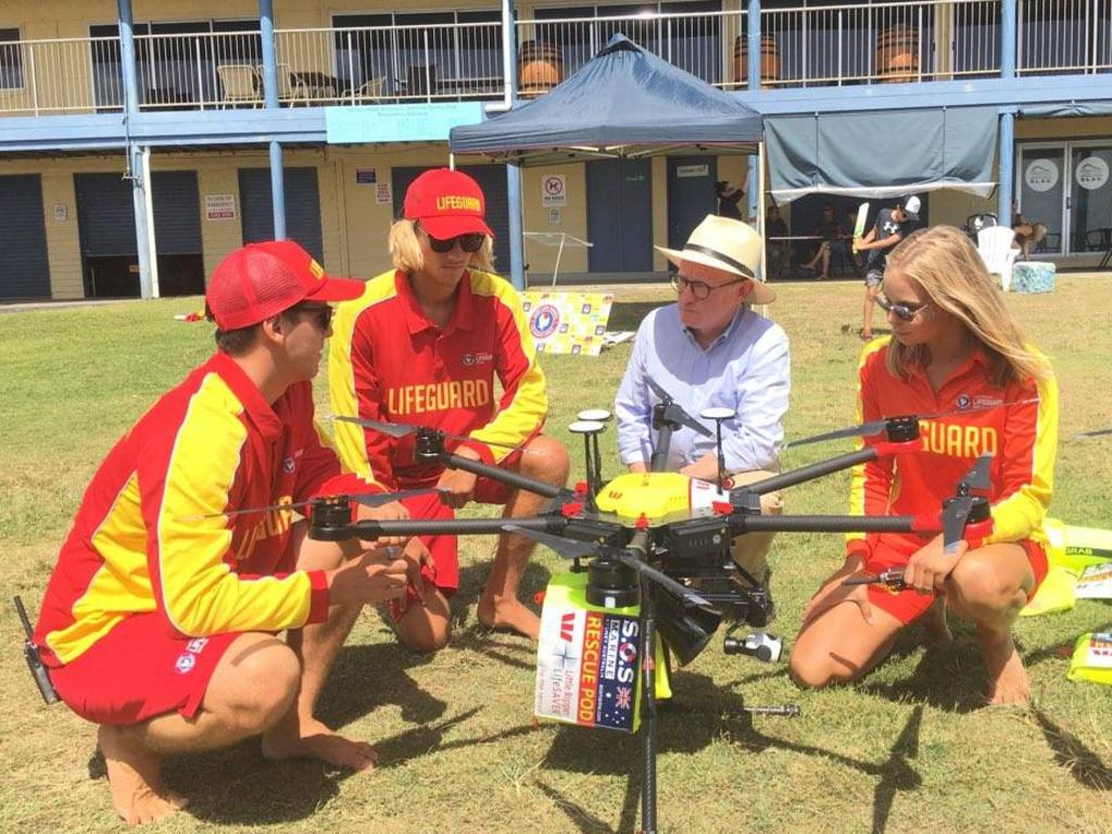 Hon Ben Franklin MLC with local surf live savers at the launch of the drone program.