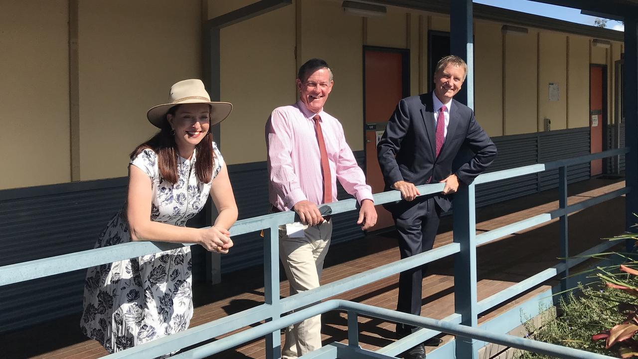 Keppel MP Brittany Lauga, Livingstone Mayor Andy Ireland and CQUniversity Vice Chancellor, Professor Nick Klomp at the former CQUniversity Yeppoon campus.