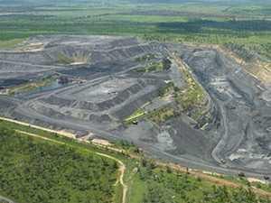 Insurance giant slammed for 'hypocrisy' over coal project