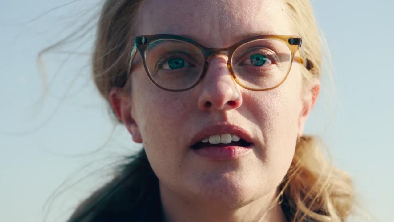 Elisabeth Moss as writer Shirley Jackson.