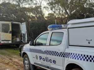 Pair get bogged trying to cross closed border