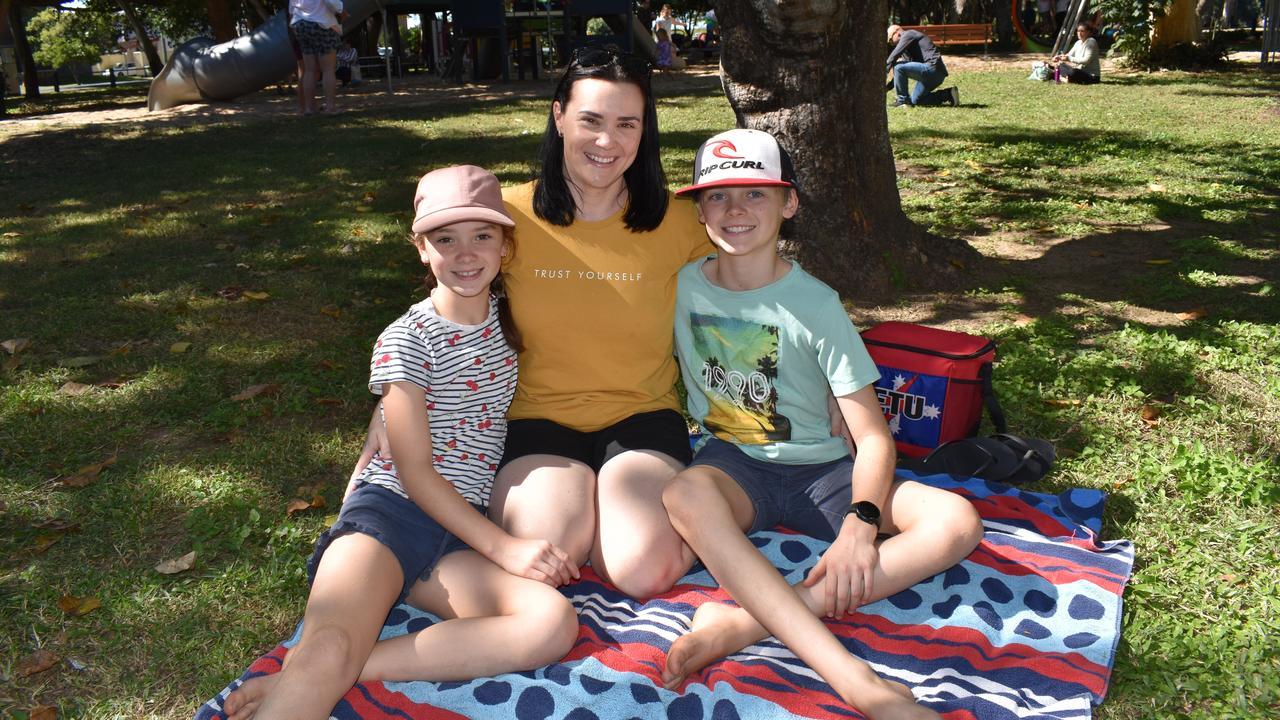 Sophia Thomas, 9, Keely Smith and Jacob Thomas, 11