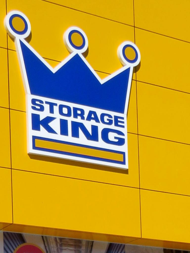 The report was about a couple whose unit at a western Sydney Storage King had been damaged by a flood.
