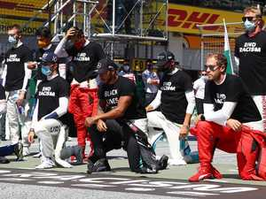 Six F1 drivers choose not to kneel