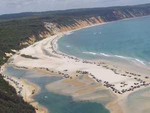 Govt warns campers after 4WDs turned away