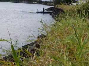 Police divers arrive at South Ballina