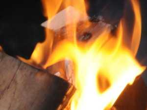 Young woman hospitalised after fire sparks at Lake Borumba