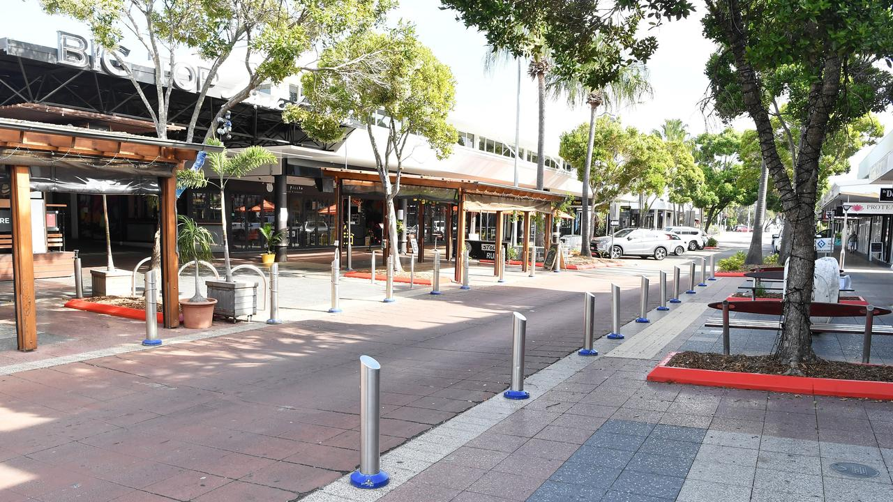 A man bashed another outside an Ocean St nightclub. Photo Patrick Woods / Sunshine Coast Daily.