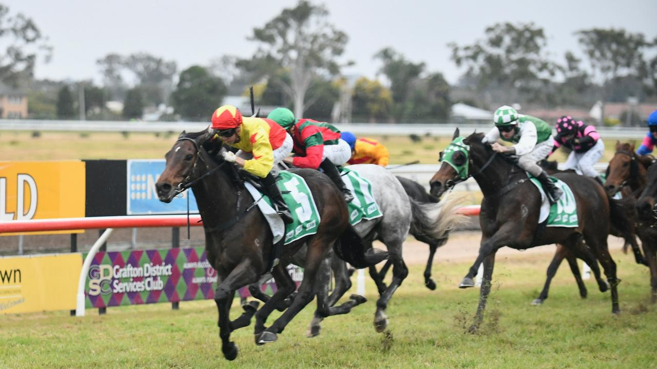 Trainers Peter and Paul Snowden earned back-to-back wins when they followed their Ramornie Handicap success up with a win to California Longbow in the Shirley Adams OAM Remembrance Rural Plate - Class 6 Showcase.