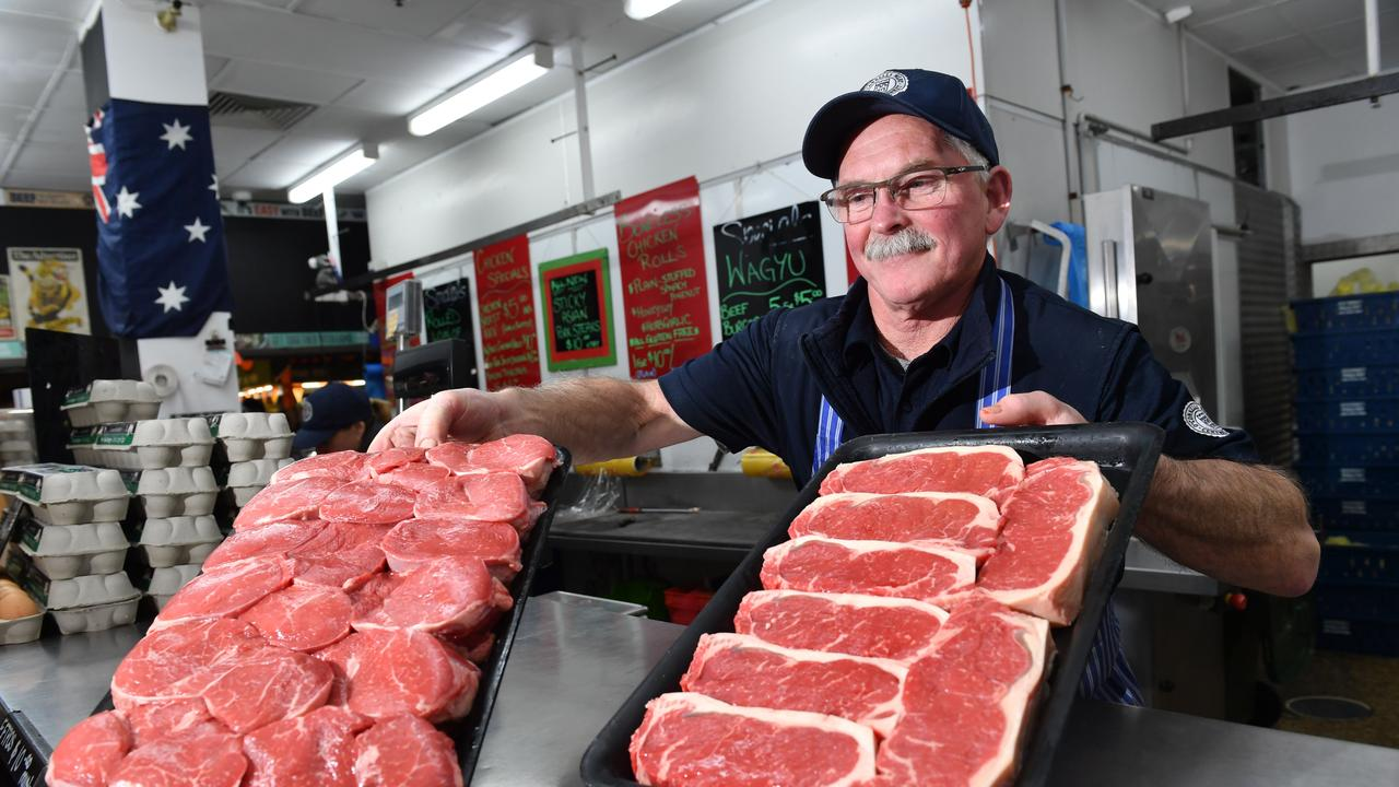 Lovers of a good steak shouldn't expect to find bargains as cattle prices grow to record levels and beef herd shrinks to its smallest in decades.