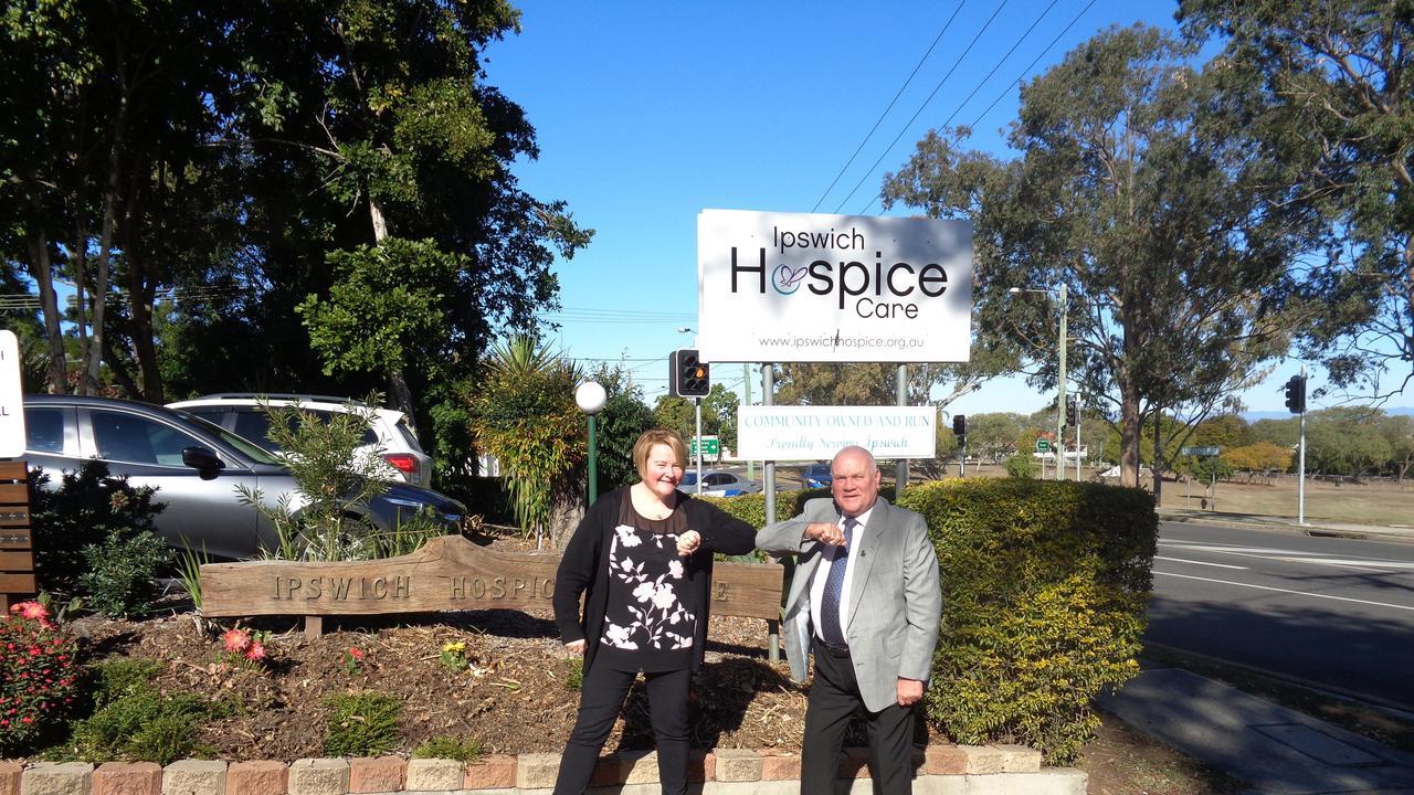 Ipswich Hospice Care director of nursing Carol Hope and Caledonian Freemasons Lodge representative James Hogg.