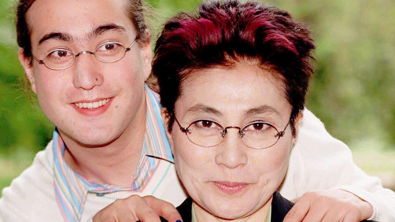 Yoko with son Sean in 1996.
