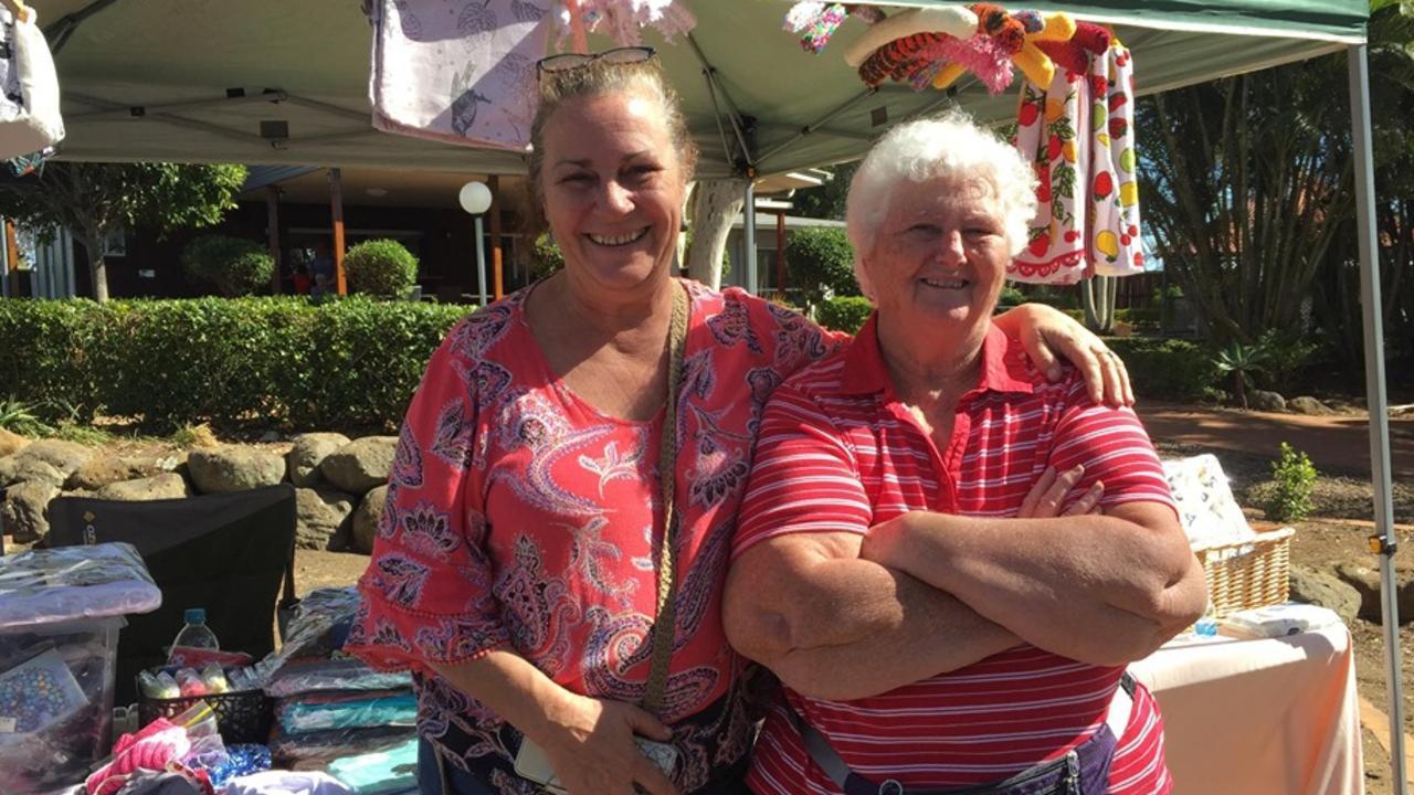HAPPY DAYS: Jodi Warner and Lorraine Fischer were all smiles at Paradise Markets on Sunday. Picture: Rhylea Millar