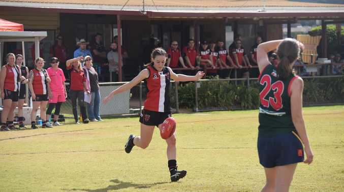 GALLERY: Five goal fourth quarter gets the Saints home