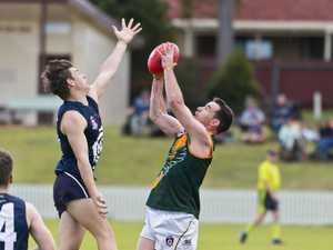 AFLDD men: Hawks vs Coolaroo