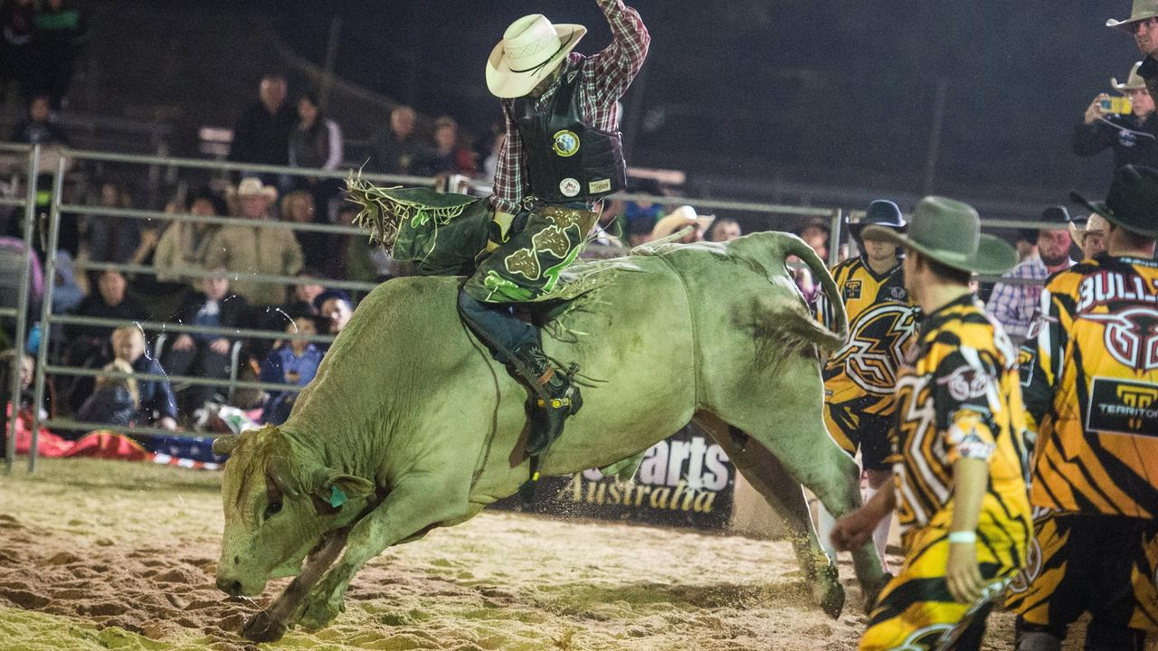 Lachlan Slade shows his winner style in action from the Grafton PBR round at the Grafton Showground.
