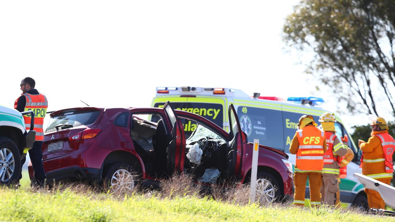 Emergency attend a serious road crash between two trucks and a car on the Sturt Hwy ,Sheok-log on 15 July 2020. Pic Tait Schmaal.
