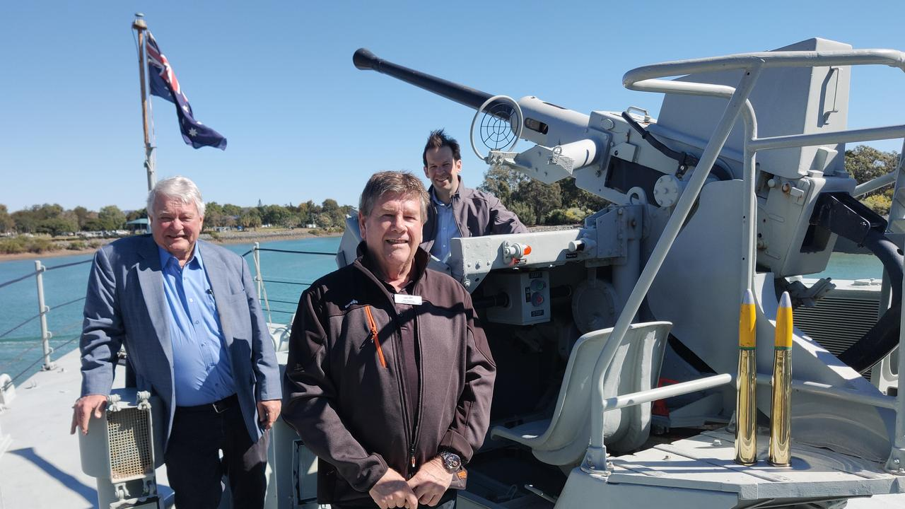 Flynn MP Ken O'Dowd, LNP candidate Ron Harding and Senator Matt Canavan near the 40/60 Bofors general purpose gun on the HMAS Gladstone.