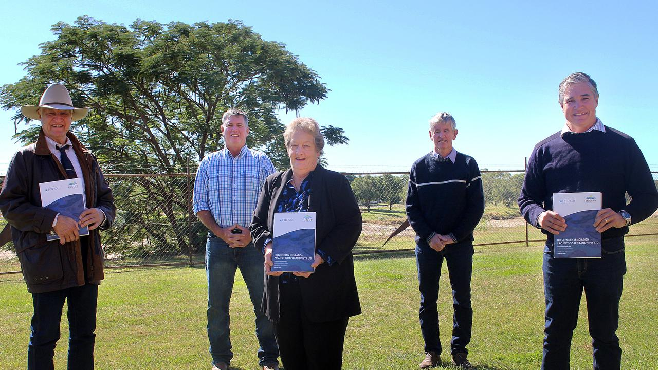 Kennedy MP Bob Katter, Chairperson HIPCo Shane McCarthy, Flinders Shire Mayor Jane McNamara, HIPCo Board member Jeff Reid and KAP leader Robbie Katter as the preliminary business case on the Hughenden Irrigation Scheme is passed down. PICTURE: SUPPLIED.