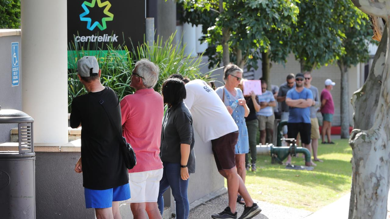 Tens of thousands of Queenslanders who lost jobs as the economy shut down during the pandemic will have access to free and cheap course to update their skills under a new $2 billion Federal Government package.