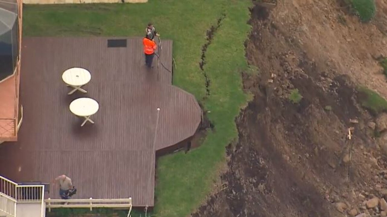 Huge cracks have appeared in the cliff face. Picture: Seven News