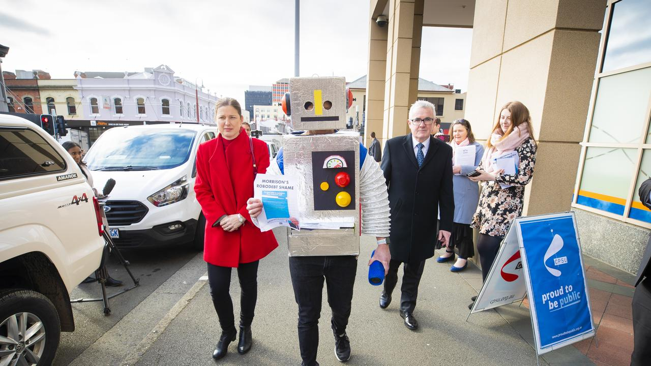 Labor Senator Julie Collins and Independent Member for Clark, Andrew Wilkie join with the Community & Public Sector Union to call on the Federal Government to apologise to Centrelink staff. Picture: RICHARD JUPE