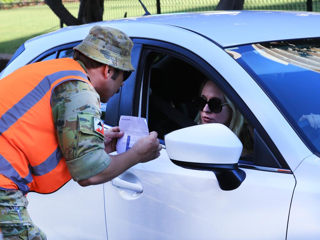 About 60 Australian Defence Force personnel are expected to again mobilise at the five Gold Coast border checkpoints from tomorrow to help police and State Emergency Service volunteers control the crossings. Picture: Scott Powick