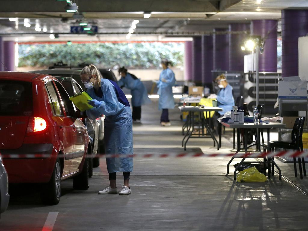 Many testing clinics are located in shopping centre carparks. Picture: Darrian Traynor/Getty Images