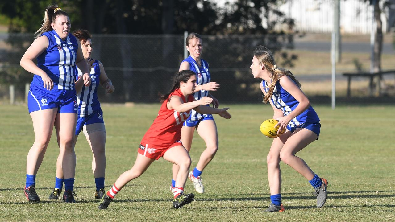 AFL CAPRICORNIA: Brothers' Tanelle Ward with the ball