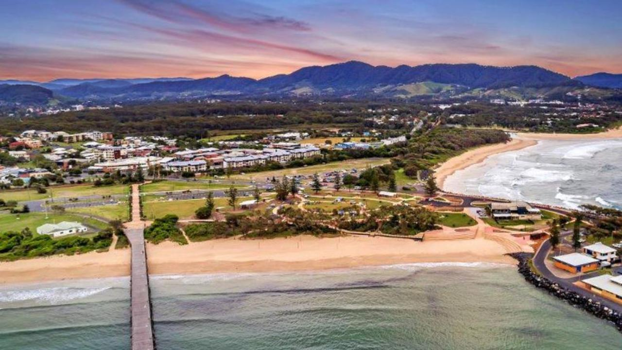 There are over 2000 short term rental properties on the Coffs Coast.