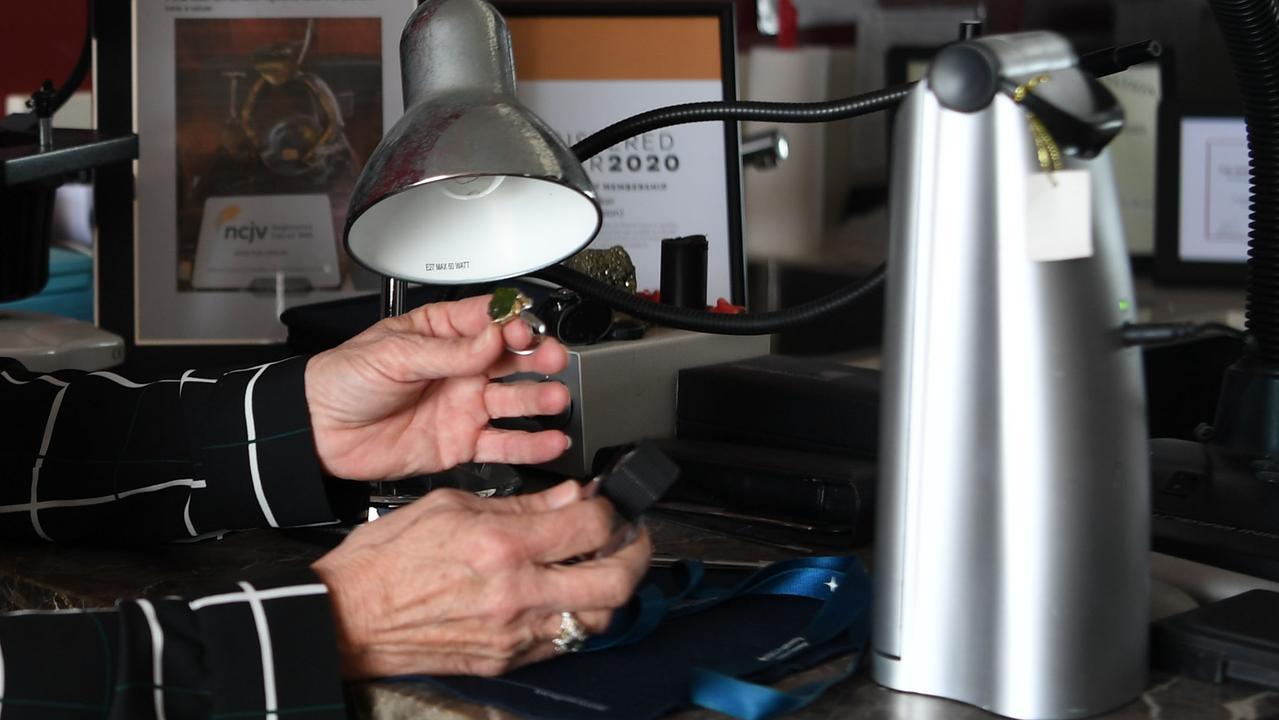 Jan Baker has begun an independent jewelllery valuation business