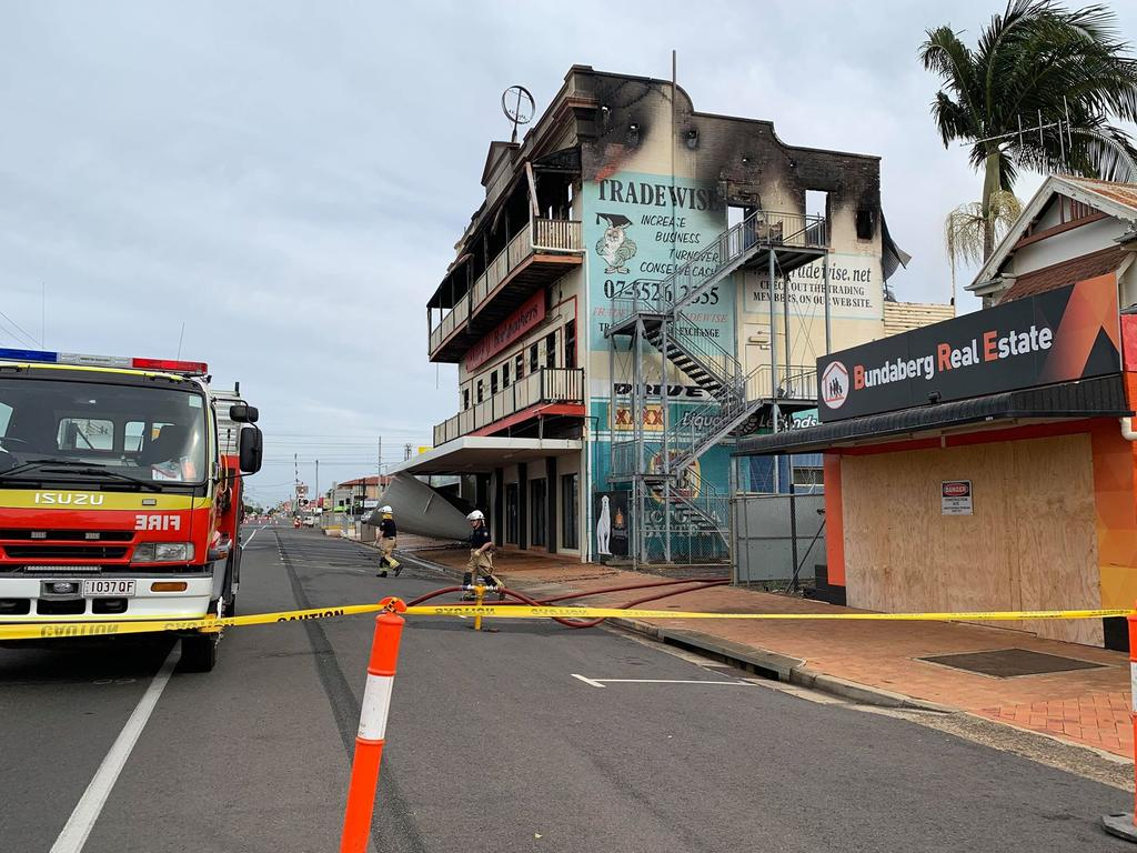 The Federal Backpackers was gutted in a fire last night. Photo: Mikayla Haupt.