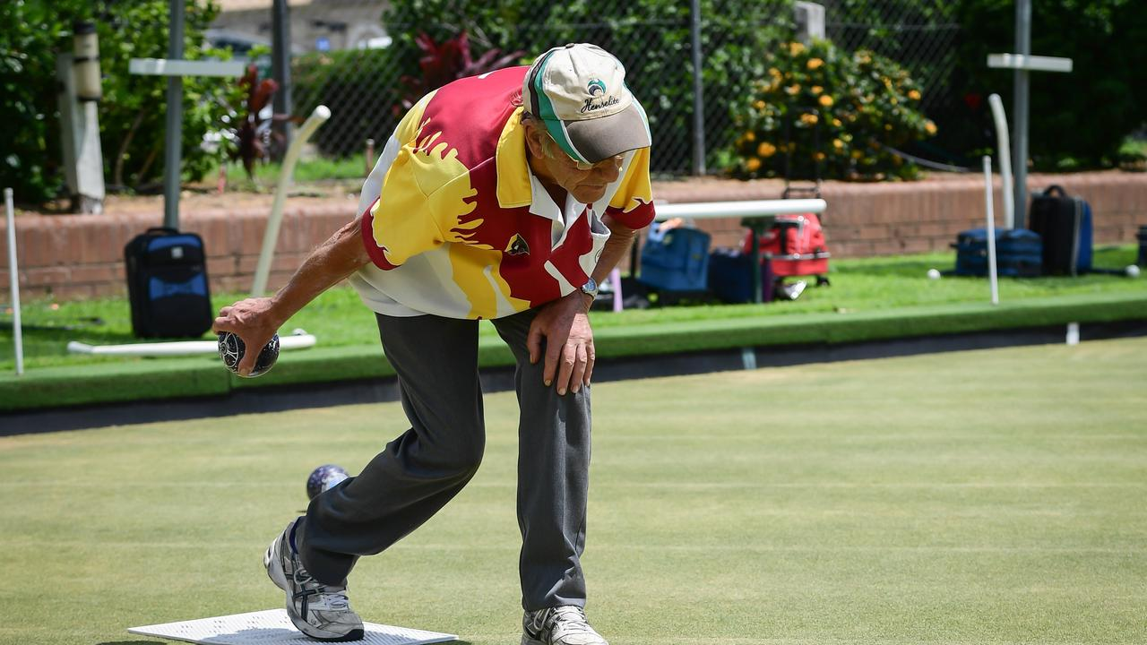 Pete Skelton bowling in the midday sun. Picture: Mike Knott