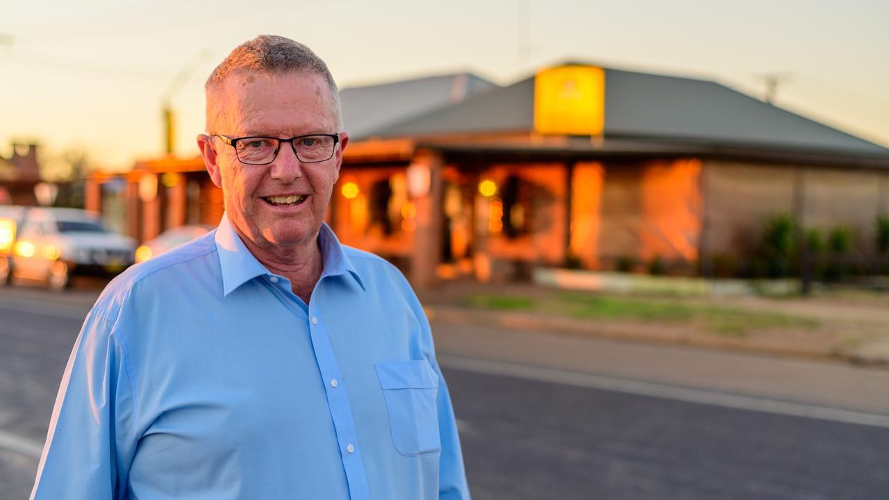 Regional Health Minister Mark Coulton.