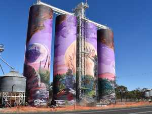 Drivers risking horrific accidents to get a look at silo art