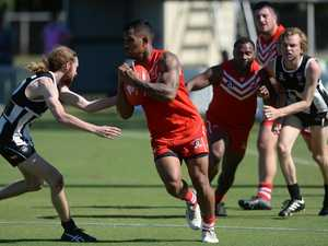 Ben Barba kicks 13 goals in Aussie rules debut