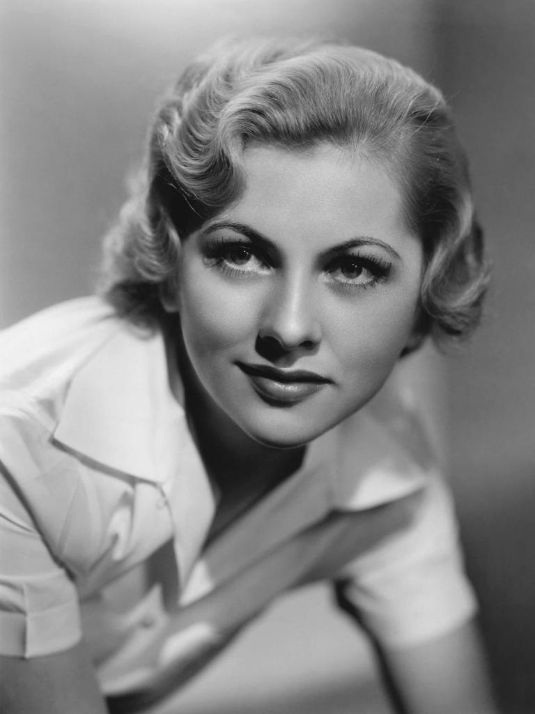 "De Havilland referred to her sister Joan Fontaine as ""Dragon Lady""."