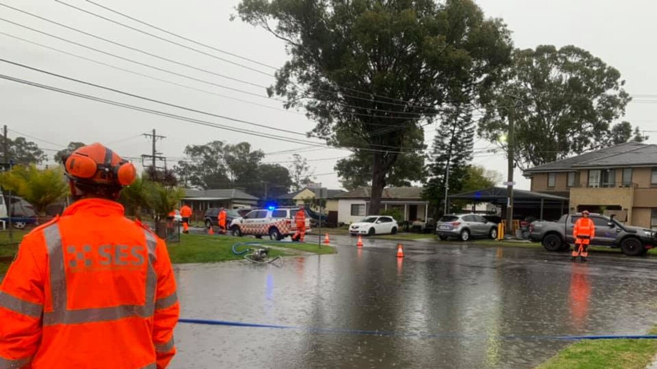 Our NSW SES Blacktown Unit helping to pump water from a flooded intersection in Marayong.