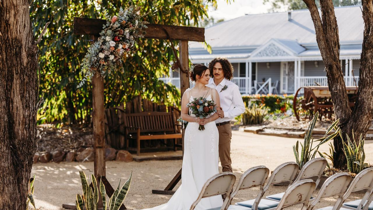 PICTURE PERFECT: Jubri's Hideaway embodies chic country vibes, for that glamourous yet down the earth wedding mood brides are always envisioning. Pic: TSB - Jubri's Hideaway