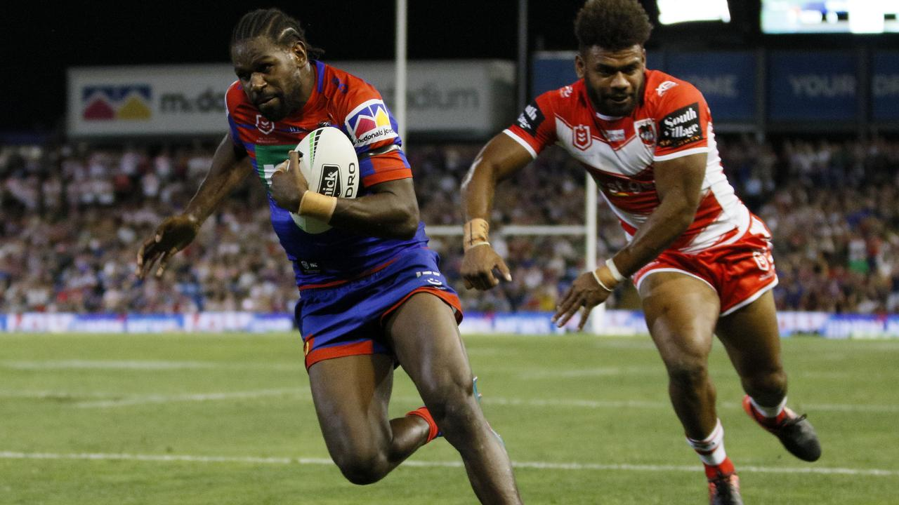 Edrick Lee burning up the turf at the Knights. Picture: AAP Image/Darren Pateman