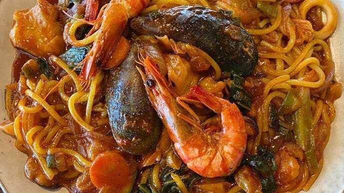 Seafood stirfry.