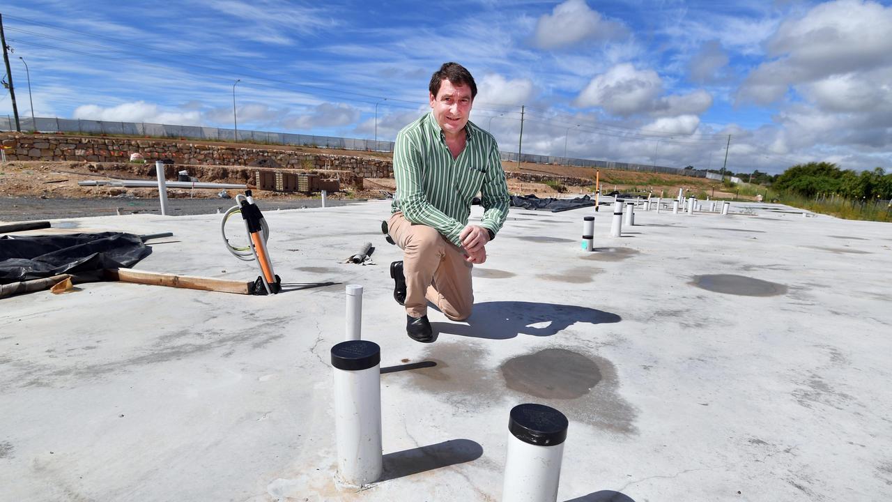 Glen Winney (Mging Dir. Win Construction) at Villas on Main building site in Urraween.Photo: Alistair Brightman