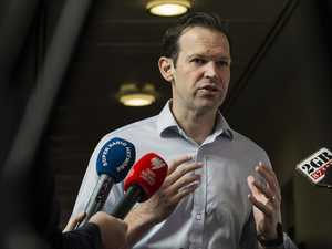 Canavan calls for AstraZeneca rollout to be suspended