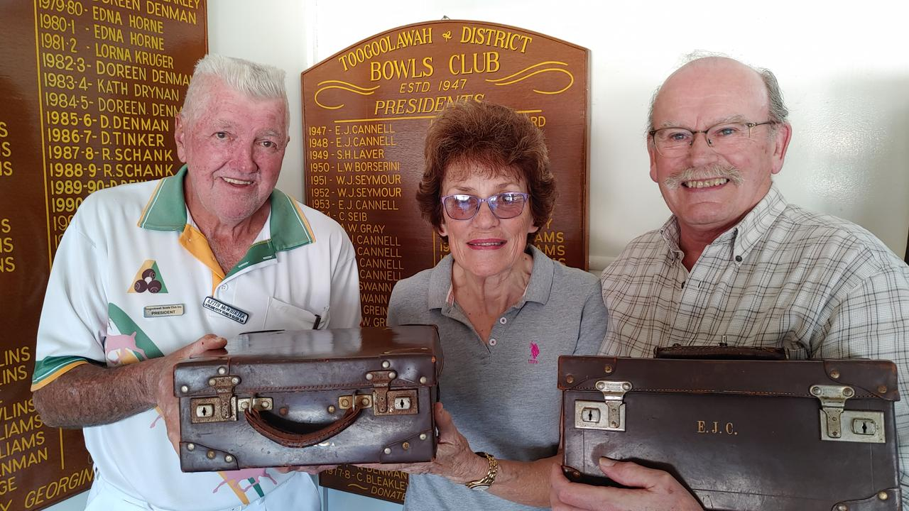 Toogoolawah Bowls Club president Keith McWhirter with Pamela and Dr Malcolm Whaites.