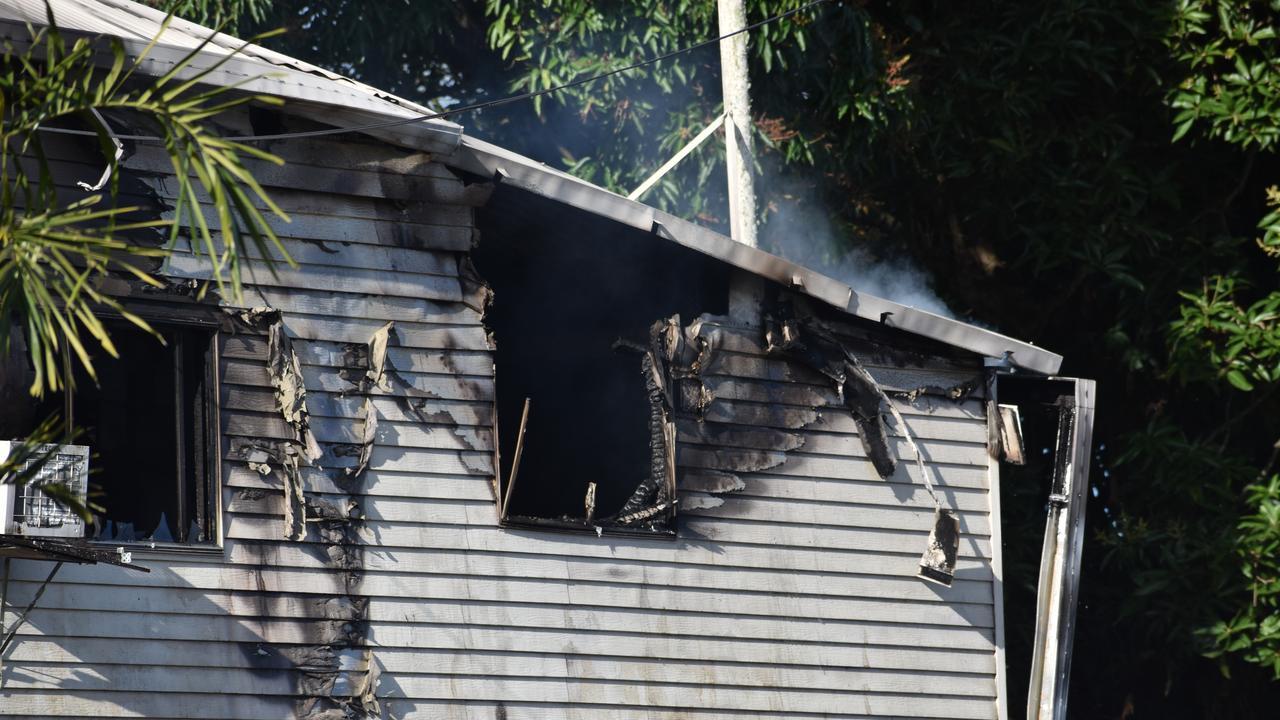 House fire on Sarina Beach Rd at Sarina on Tuesday, August 4. Photo: Tara Miko