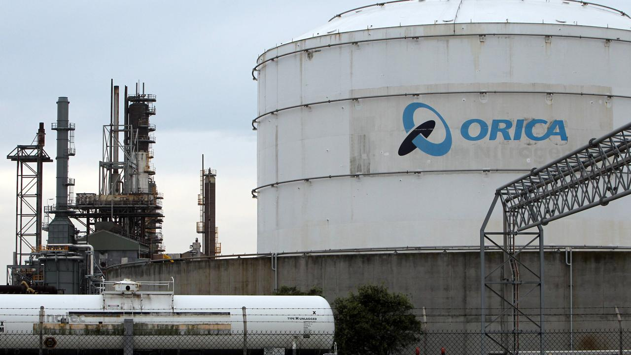 Newcastle's Orica plant where up to 10,000 tonnes of ammonium nitrate is stored on Kooragang Island, just 800m from North Stockton residents.