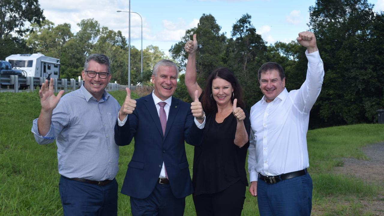 Keith Pitt, Deputy PM Michael McCormack, Shelley Strachan and Llew O'Brien celebrate $800 million funding for Section D.
